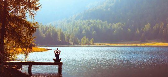 yoga en lago