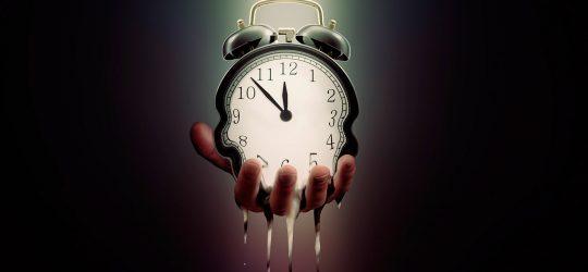 reloj derritiendose